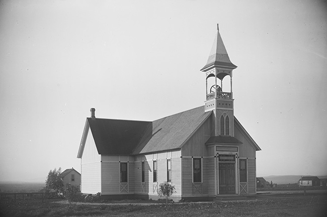 CHU-024E. First Friends Church, 1887. Photographed by Walter E. Butler, 1875-1953. Courtesy Whittier Public Library Historical Photographs. Donated by the White Family of White-Emerson Mortuary.